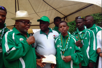 sportintelligencemag.com: Comrade Joseph Evah Splashes Cash On Skating Championship Medalists